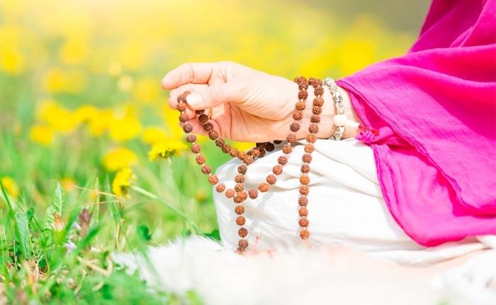 I-Mantra-kriya-yoga-evolution-busto