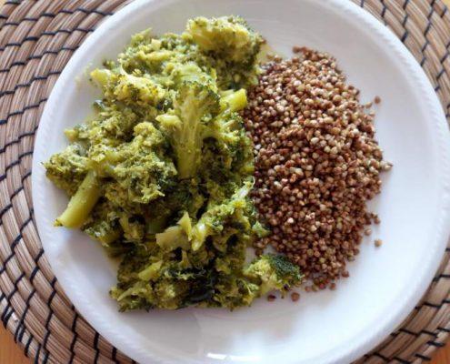 grano-saraceno-broccoli-ricette-di-mina-in-cucina-kriya-yoga-evolution-busto