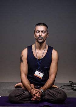Giovanni-Formisano-kriya-yoga-evolution-busto