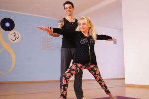 kriya-yoga-anziani-evolution-busto-arsizio