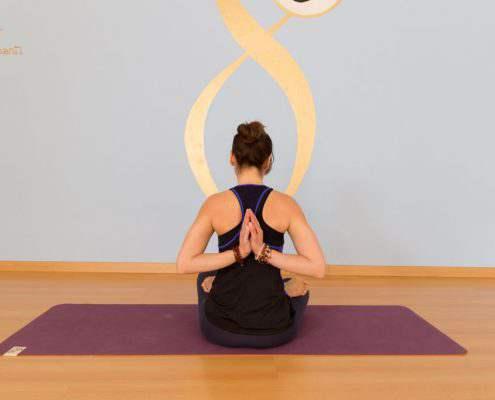 kundalini-yoga-busto-kriyayoga