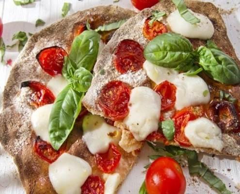 pizza fatta in casa-ricette di mina-mina in cucina-kriyayogaevolution-mina formisano-fulvio falsanito