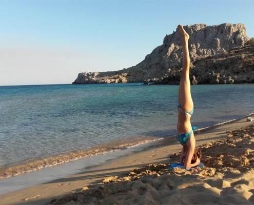 praticare lo yoga-yoga-esercizi yoga-kriyayogaevolution-yoga busto-mina formisano-fulvio falsanito