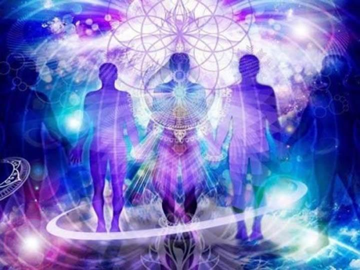 acqua solarizzata-mina formisano-fulvio falsanito-yoga busto-yoga evolution-benefici acqua-yogaevolution