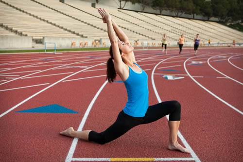meditazione in movimento-mina formisano-fulvio falsanito-kriyayogaevolution-yoga busto arsizio-yoga busto3