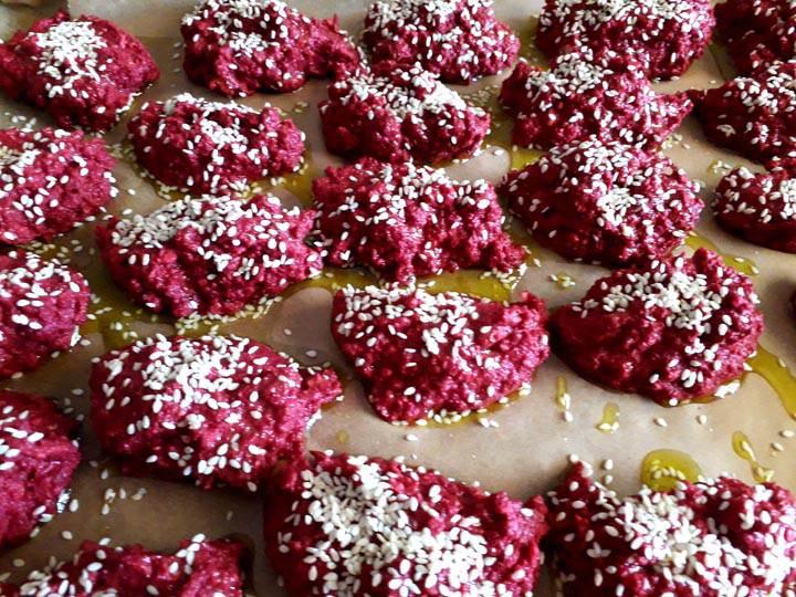 barbabietole rosse-polpette barbabietole rosse-ricette di mina-mina formisano-fulvio falsanito-kriyayogaevolution-yoga busto-ricette di mina-mina in cucina