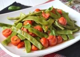 fagiolini piattoni-ricetta fagiolini-cucinare i fagioli piattoni-ricetta yoga-mina in cucina-ricette di mina-yoga busto-kriyayogaevolution-mina formisano-fulvio falsanito