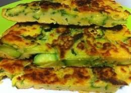 frittata-frittata di zuzzhine-ricetta vegana-piatto vegano-kriyayogaevolution-ricette yoga-ricette di mina-mina in cucina-mina formisano-fulvio falsanito