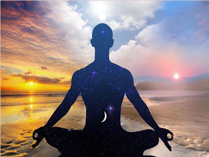 come affrontare il futuro-yoga busto-kriyayogaevolution-mina formisano-fulvio falsanito-yoga-la meditazione guarisce
