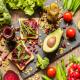 10 alimenti da tenere sempre in dispensa-mina in cucina-ricette di mina-ricette yoga-ricette vegane-cucina yoga-kriyayogaevolution-yoga busto-mina formisano-torta- alimentazione equilibrata