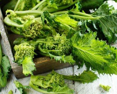 le risorse di vitamina c-mina in cucina-ricette di mina-ricette yoga-ricette vegane-cucina yoga-kriyayogaevolution-yoga busto-mina formisano-pesto di cime di rapa